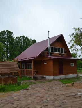 Holiday houses in the Maladzyechna District. Holiday house Okolitsa, Maladzyechna District
